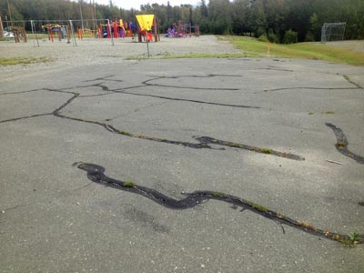 Sealing Cracks Lengthens The Life of Asphalt - Valley Seal Coat